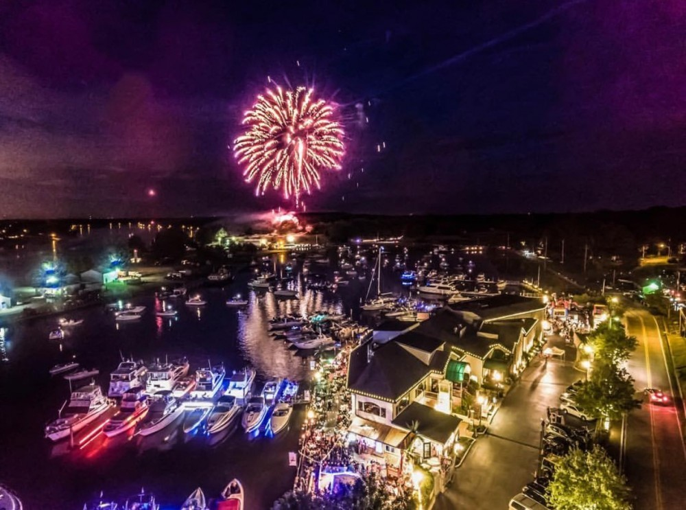 Fireworks 2015 over Chesapeake City from a Drone